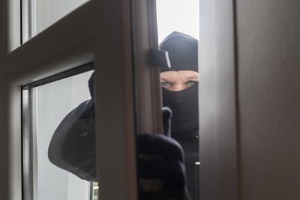 Einbrecher an Terassentür